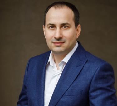 Razvan Boberis, CEO Clinca 32