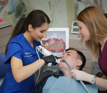 Servicii stomatologice de ortodontie