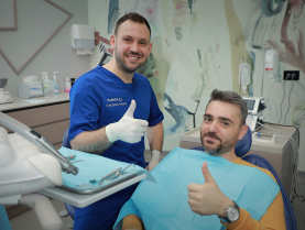 Albirea dentara - Dr. Razvan Boberis vorbeste despre Albirea dentara Beyond- Nr.1 in America